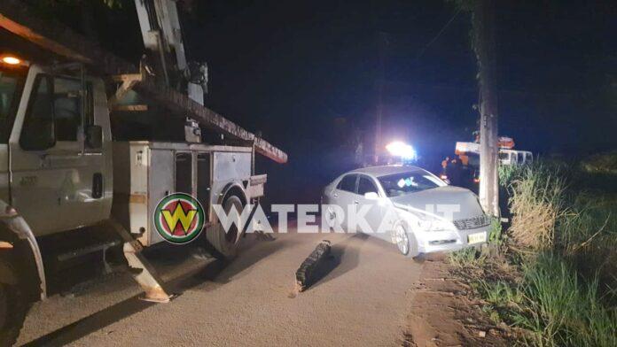 VIDEO: Mark X knalt tegen stroompaal tijdens total lockdown