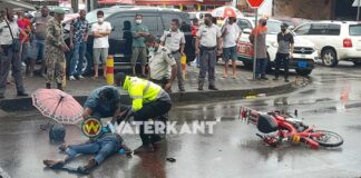 Bromfietser dood na aanrijding met vrachtwagen in Paramaribo-Noord