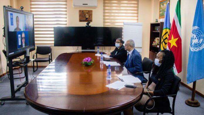 Minister Ramdin ontvangt geloofsbrieven van UNDP-vertegenwoordiger