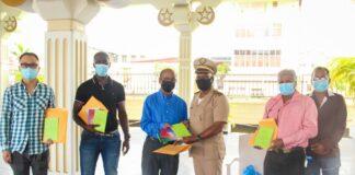 Dc Paramaribo Noord-Oost bezoekt moskeeën vanwege einde ramadan