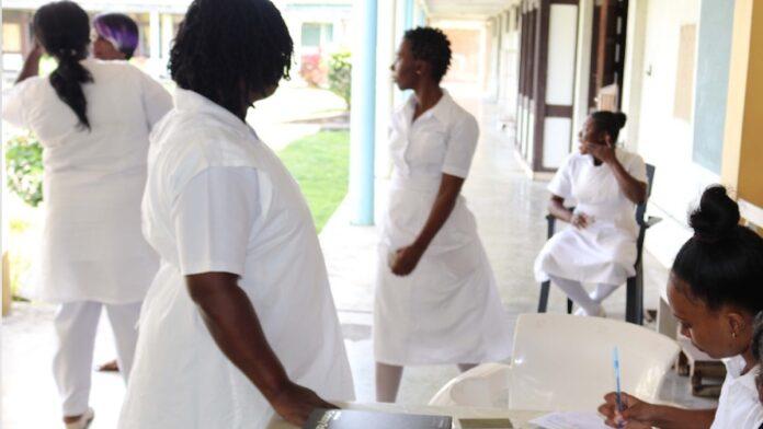 verpleegkundigen in Suriname