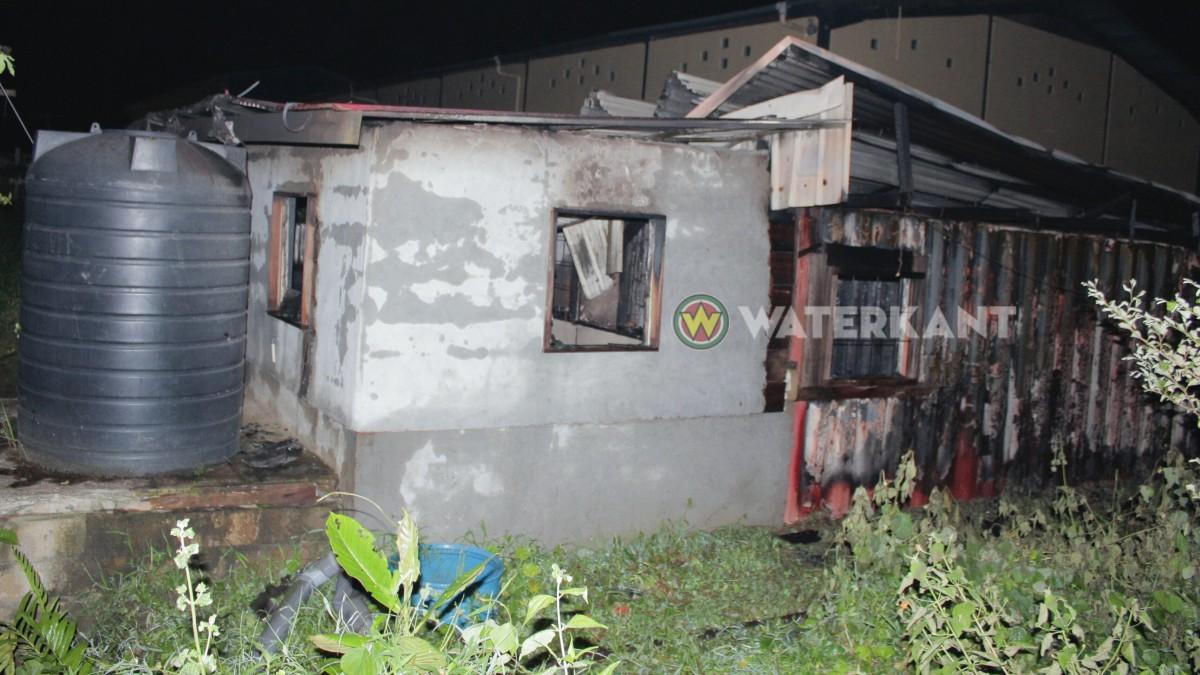Woning met inboedel geheel afgebrand te Kwatta