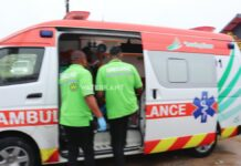 ambulance-ongeval-suriname