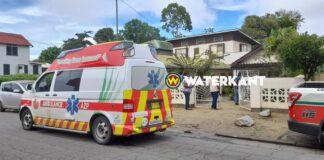 Broer steekt zus dood in Paramaribo