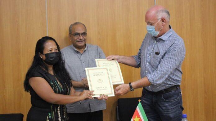 Contract getekend voor project 'Rehabilitatie Pompgemaal Wageningen'