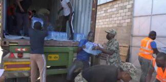 Suriname stuurt twee 20 foot containers hulpgoederen voor St. Vincent and the Grenadines