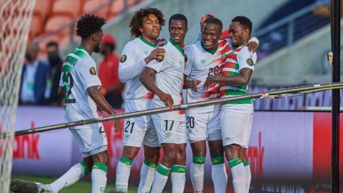 Suriname wint derde Gold Cup wedstrijd met 2-1 van Guadeloupe