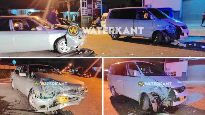 Meerdere gewonden na aanrijding tijdens lockdown op Indira Gandhiweg