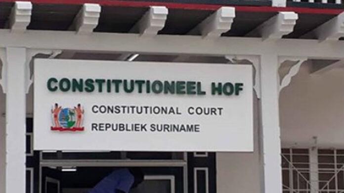 eerste zitting Constitutionele Hof Suriname