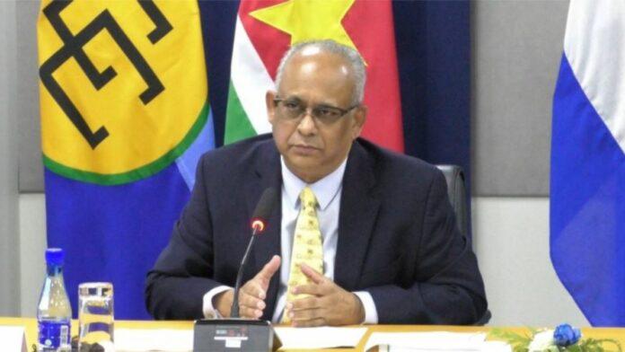 minister Albert Ramdin suriname