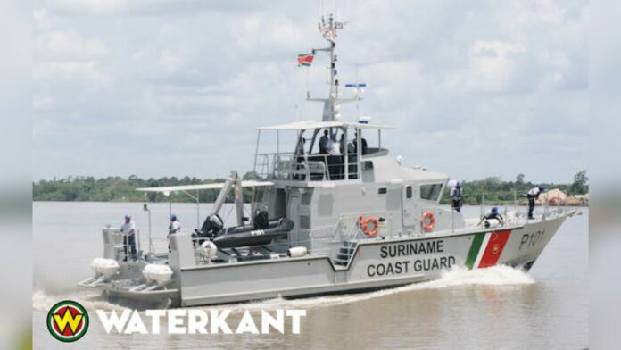 vaartuig-kustwacht-suriname