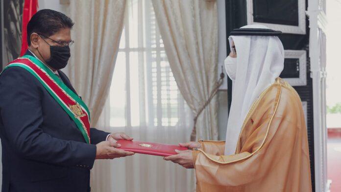 Nieuwe ambassadeurs van China en Verenigde Arabische Emiraten in Suriname