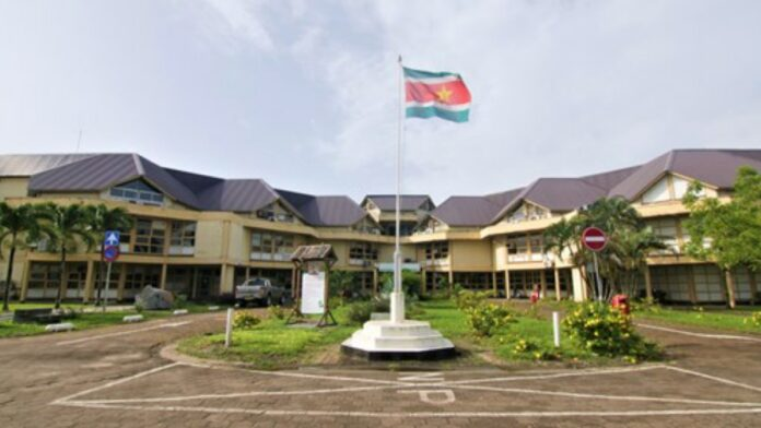 hoofdkantoor-ministerie-openbare-werken-suriname