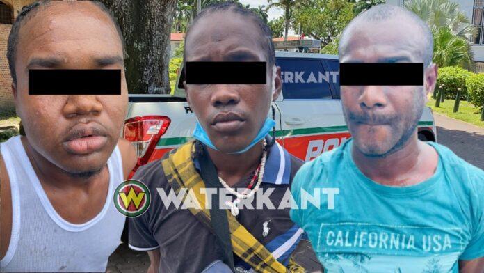 Viertal ontvoerd man op klaarlichte dag in Suriname