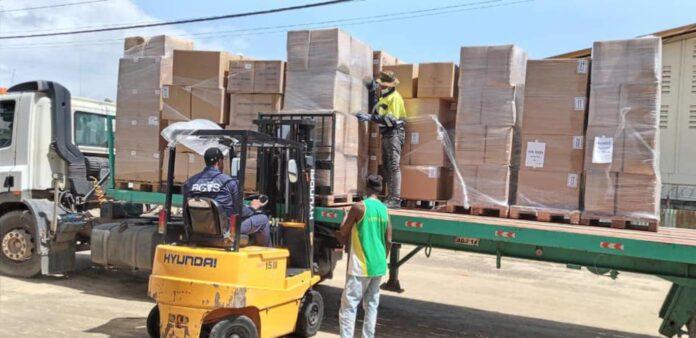 lading hulp goederen vorige week gearriveerd in Suriname