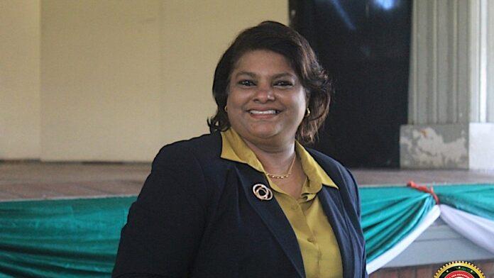 Surinaamse minister van defensie naar Frans-Guyana