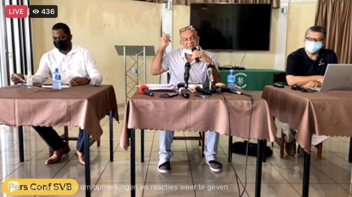 VIDEO: SVB haalt hard uit naar Dean Gorré tijdens persconferentie