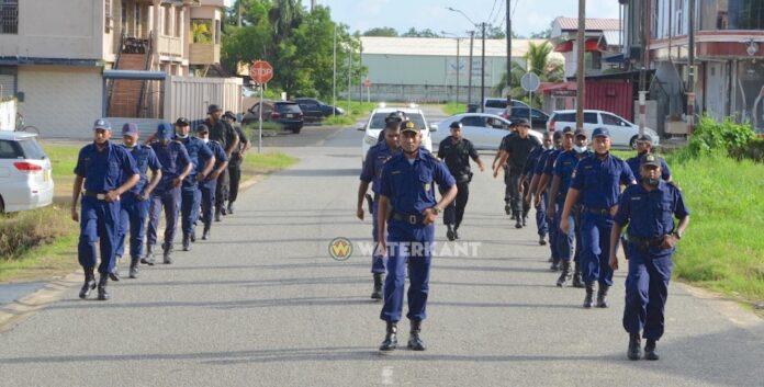 Politie Gewest Nickerie houdt speedmars