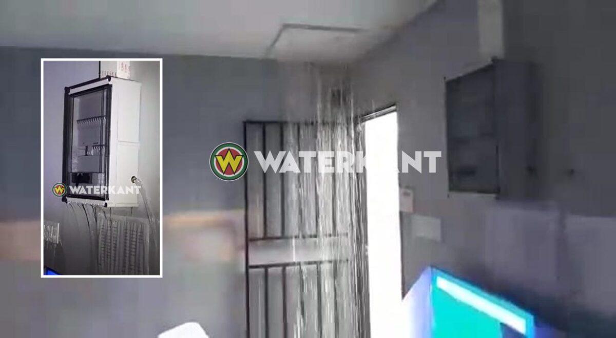 Gevaarlijke situatie bij STVS: water uit zekeringkast na zware regen