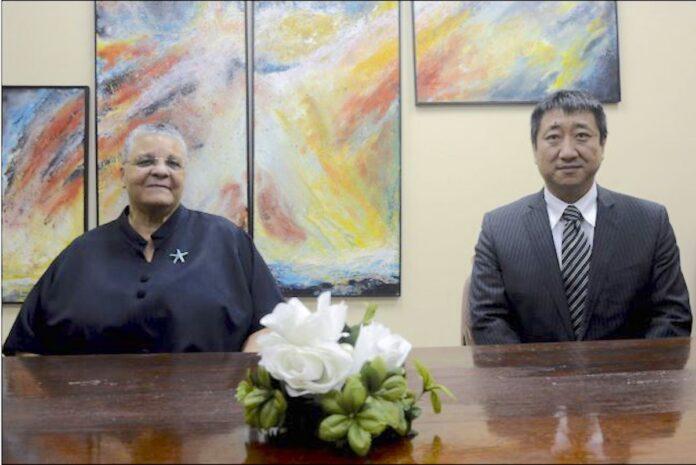 Verstrekken van Chinese studiebeurzen aan Suriname wordt gecontinueerd