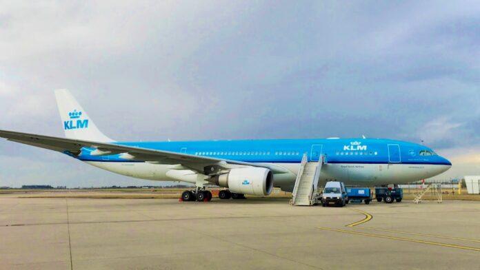 'SLM onderhandelt over huur voormalige KLM Airbus A330-200'