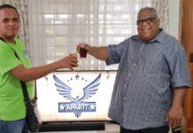 Blinde Maikel Sabajo start Youtube TV kanaal