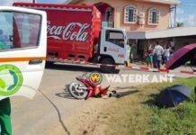 Bromfietser doodgereden door Cola truck