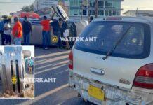 VIDEO: Busje belandt op z'n zij na aanrijding in Paramaribo-Noord