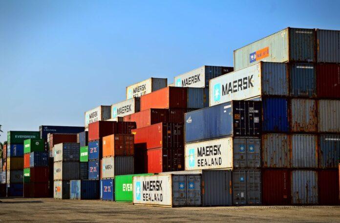 Aandachtspunten bij het importeren en exporteren per container