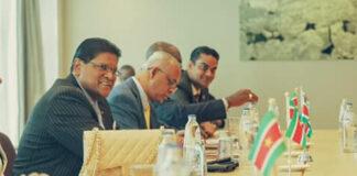 Persconferentie Surinaamse presidentiële delegatie in Nederland