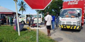 57-jarige bromfietser dood nadat vrachtwagen afslaat zonder voorrang te verlenen