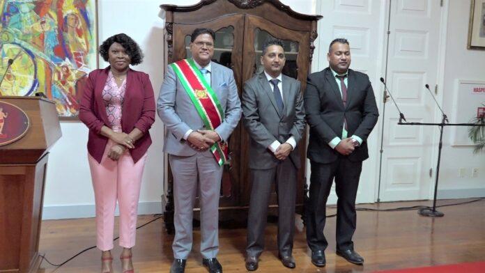Beëdiging voorzitter, ondervoorzitter en plaatsvervangend lid Rekenkamer