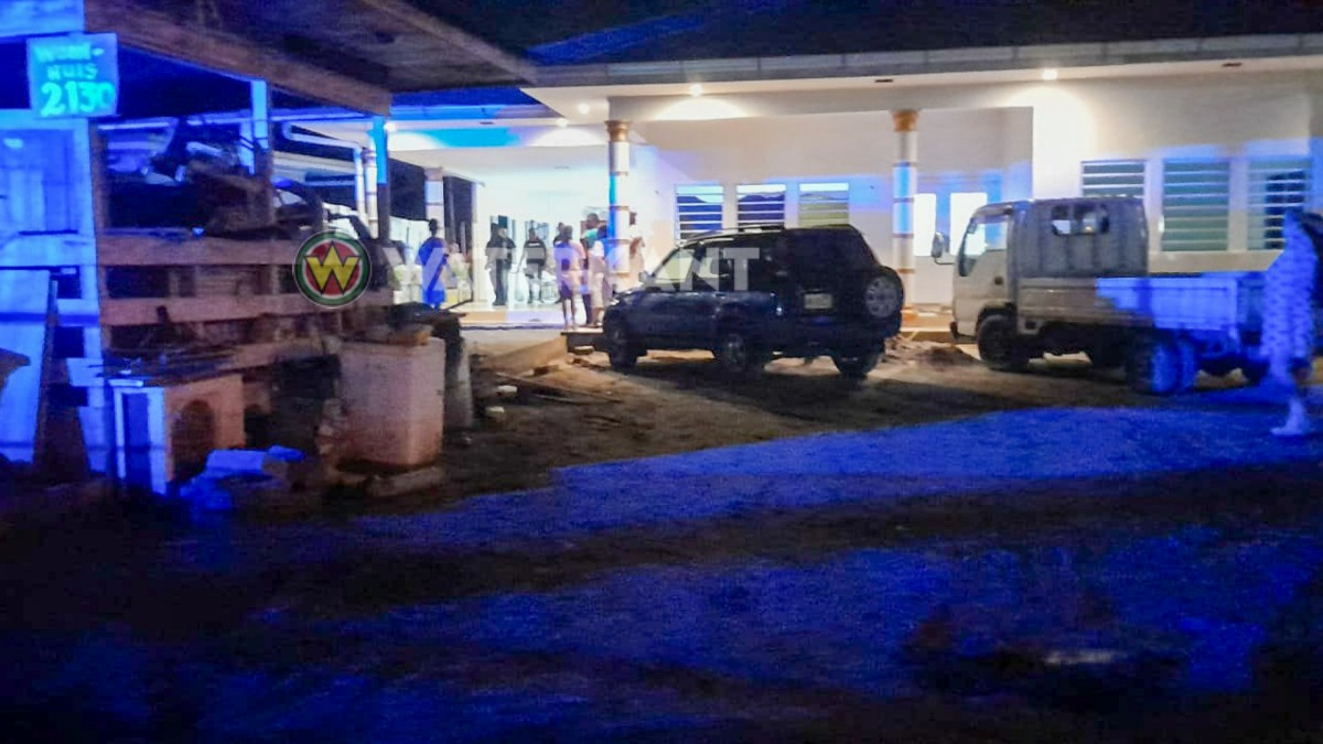 Rover doodgeschoten bij overval in woning