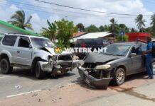 Automobilist knalt frontaal op tegenligger na defect aan zijn voertuig