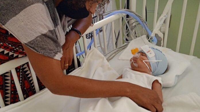 Baby van 4 maanden voor hartoperatie naar Colombia dankzij donateurs