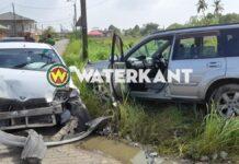 Vrouw zwaargewond bij ernstig verkeersongeval