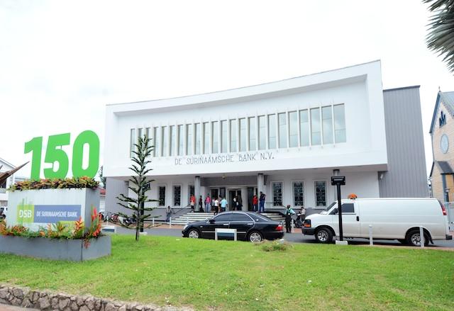 Regering Suriname kan DSB niet terugbetalen: faillissement dreigt